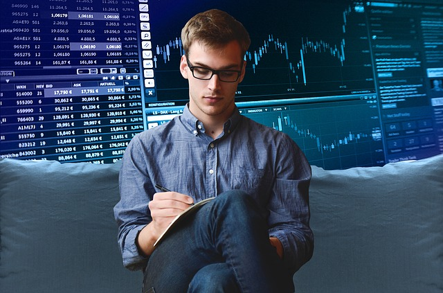 LEARN FUTURES TRADING & FOREX - FREE LIVE Trade Room with Vinny E-Mini