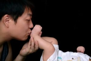 What is Paternity Leave and Who can avail it?